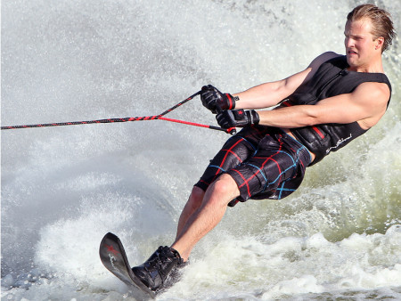 SansRival - water skiing - waterski - handles - color red black - in action