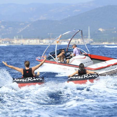 SansRival - watersport - tube - color black red - boat